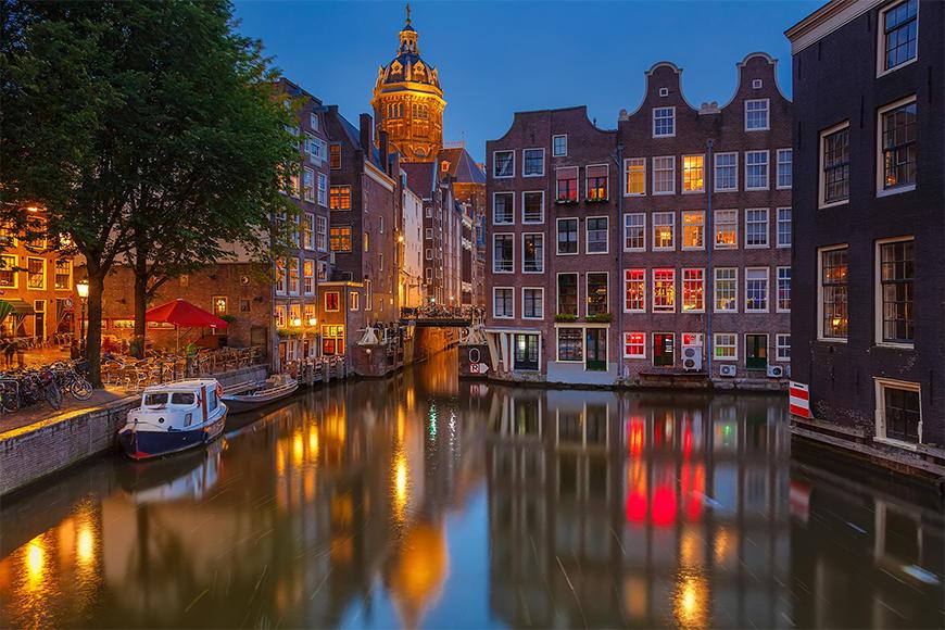 Vlies foto-behang Canal in Amsterdam