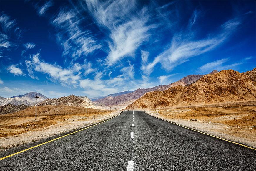 Vliesbehang Weg ten Himalaya vanaf 120x80cm